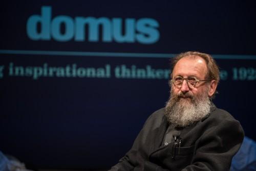 """Domus va verso il centenario con una """"piattaforma esperienziale"""", Michele De Lucchi è il direttore"""