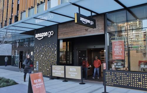 Amazon Go apre a Seattle: negozio intelligente senza casse ma pieno di telecamere
