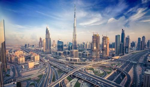 Verso gli Emirati Arabi Uniti, regole e mercato per i progettisti