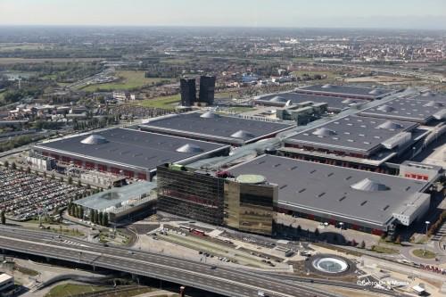 Bando di Fondazione Fiera Milano per uno dei più grandi impianti solari rooftop d'Europa