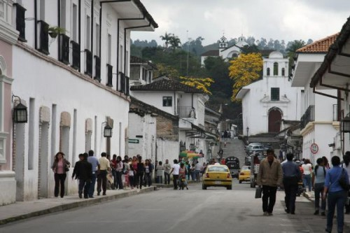 Ricostruzione post-sisma. L'ingrediente della cultura ha funzionato in Giappone e in Colombia