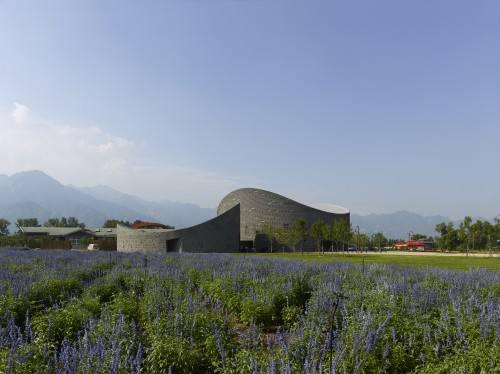Leggi oggi Corriere e Repubblica e trovi 20 articoli sull'architettura