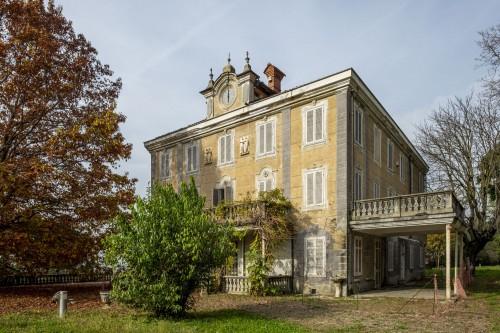 Villa Altissimo a Torino. Yac e Unipol cercano giovani idee per la collina delle arti