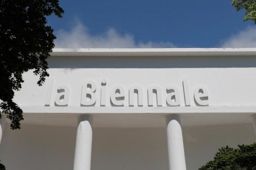 Dal 2020 al 2021, nuove date per la Biennale di Architettura guidata da Hashim Sarkis