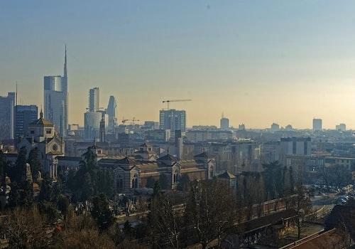 Riorganizzare spazi aperti e servizi, la ricetta di Milano post pandemica