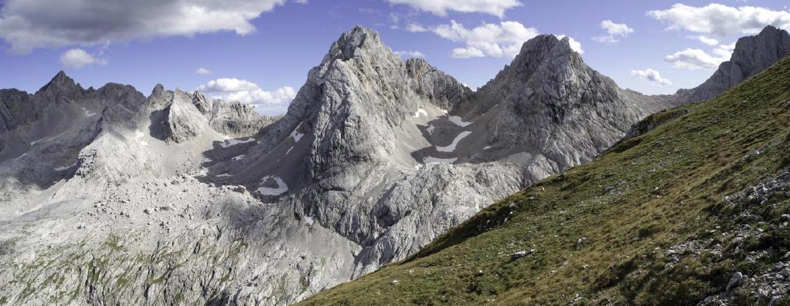 Cercasi idee per costruire un bivacco sulle Dolomiti bellunesi a quota 2661 metri