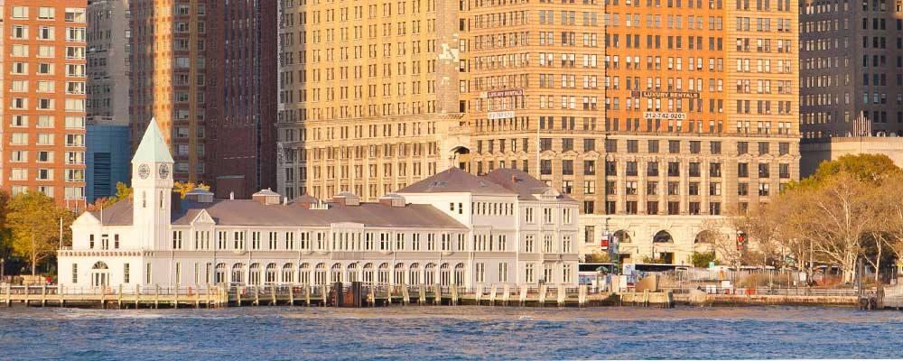 A New York è rinato il Pier A: da molo dei migranti a riferimento enogastronomico