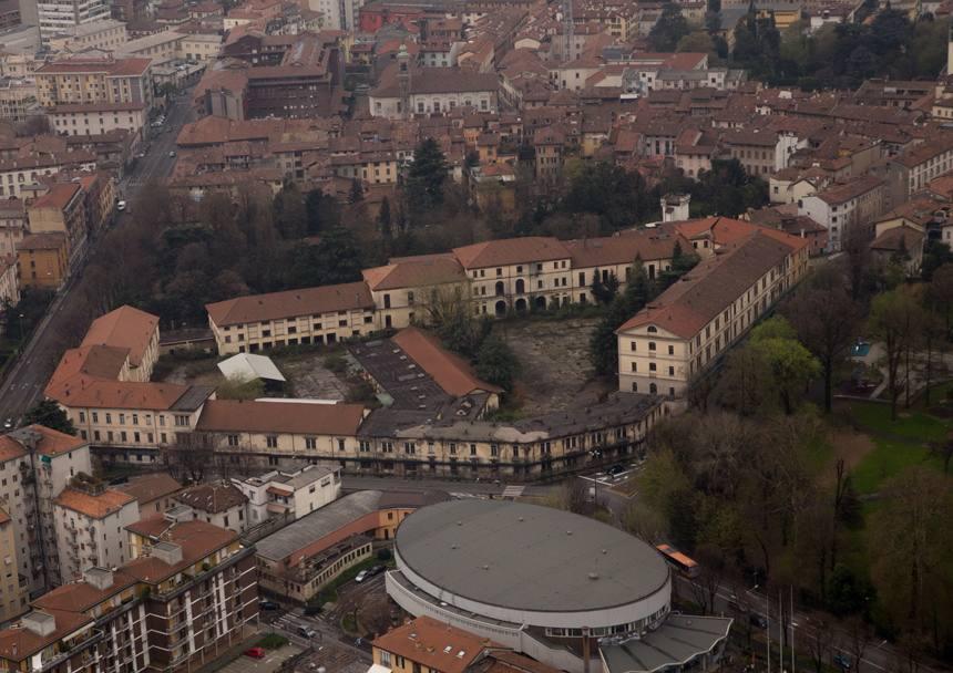 Short list per la riqualificazione della caserma di Bergamo: in gara spagnoli e portoghesi
