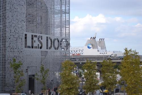 Rigenerazione urbana a Marsiglia. La lezione dei Docks di 5+1AA
