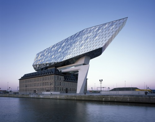 Port House, inaugurata ad Anversa la stazione marittima Zaha Hadid Architects