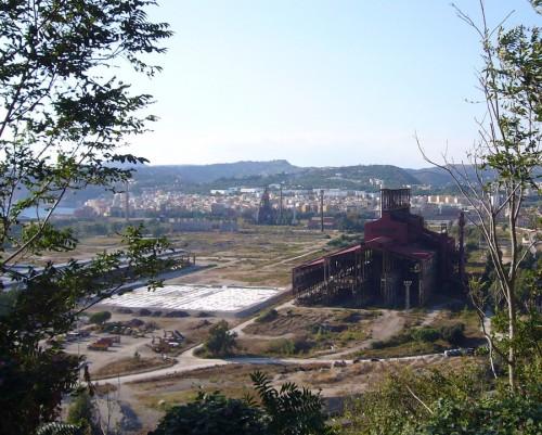 Bagnoli, il bilancio della rigenerazione dell'ex polo siderurgico napoletano
